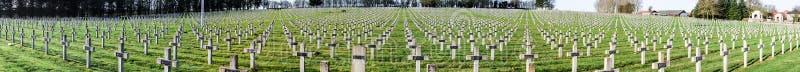 Guerra mondiale del cimitero di panorama una in La Targette della Francia Vimy fotografie stock