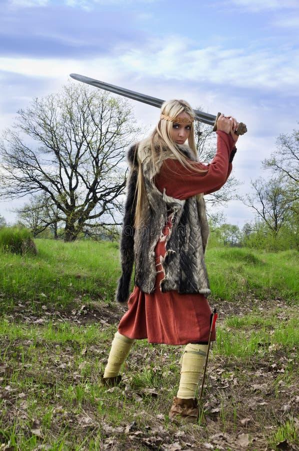 Guerreiro da menina de Viquingue fotografia de stock royalty free