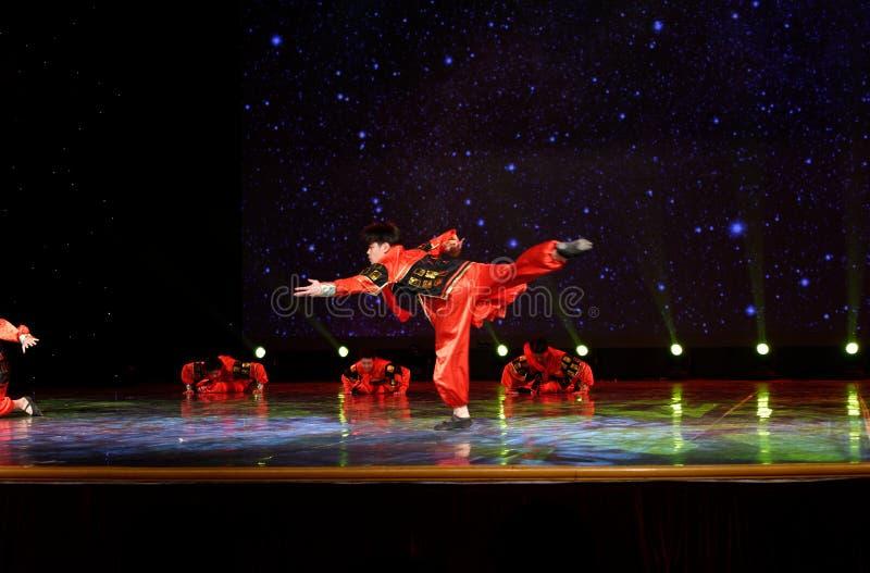 Guerreiro 1 da terracota - dança popular chinesa fotografia de stock royalty free