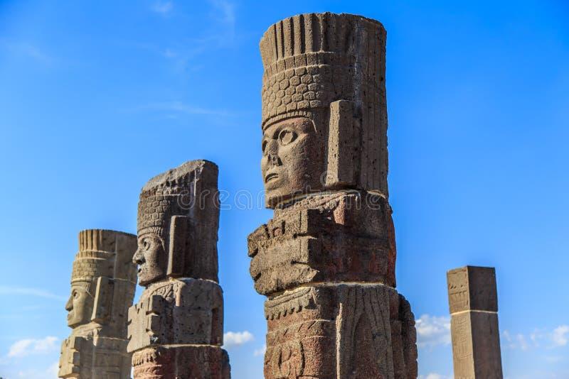 Guerreiros de Toltec - Atlantes imagens de stock royalty free
