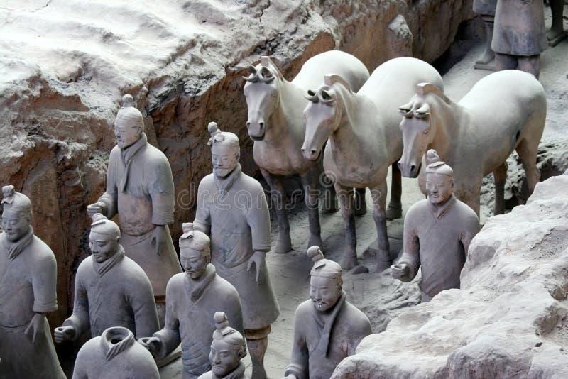 Guerreiros e cavalo do Terra-Cotta imagem de stock
