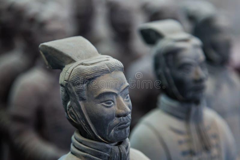 Guerreros del ejército famoso de la terracota en Xian China foto de archivo