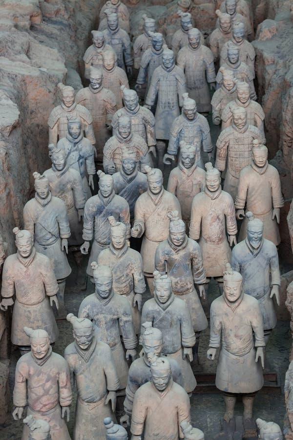 Guerriers de la célèbre Armée de terre cuite de Xian images stock