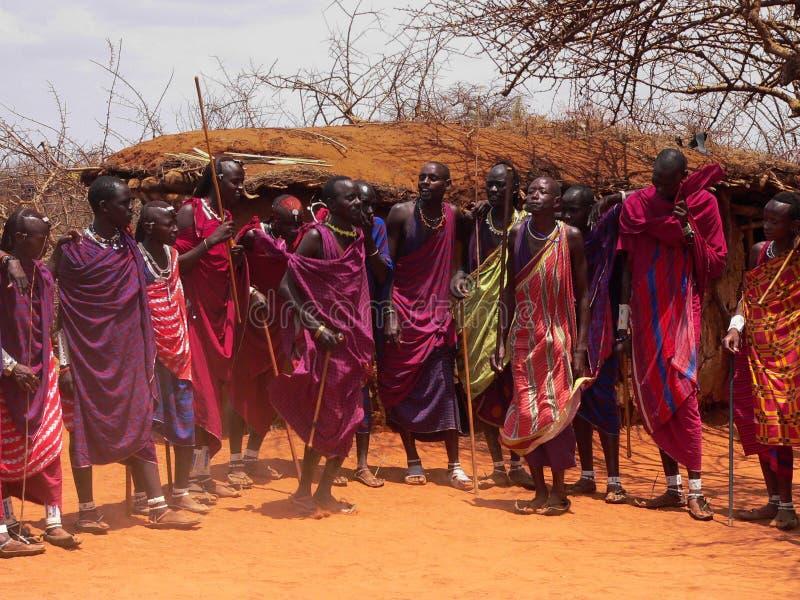 guerriers de masai de danse image libre de droits