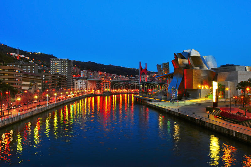 Download Guggenheim Museum At Night In Bilbao Editorial Photo - Image: 27843746