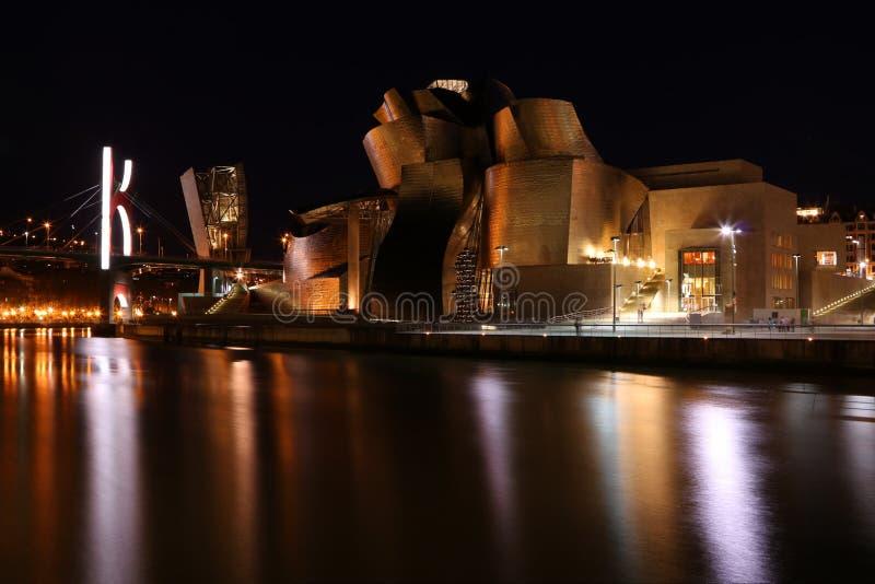 Guggenheim par nuit - Bilbao photos stock