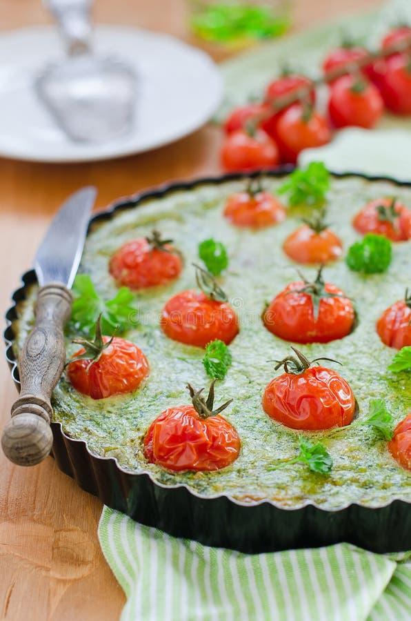 guiche szpinaka pomidor fotografia stock