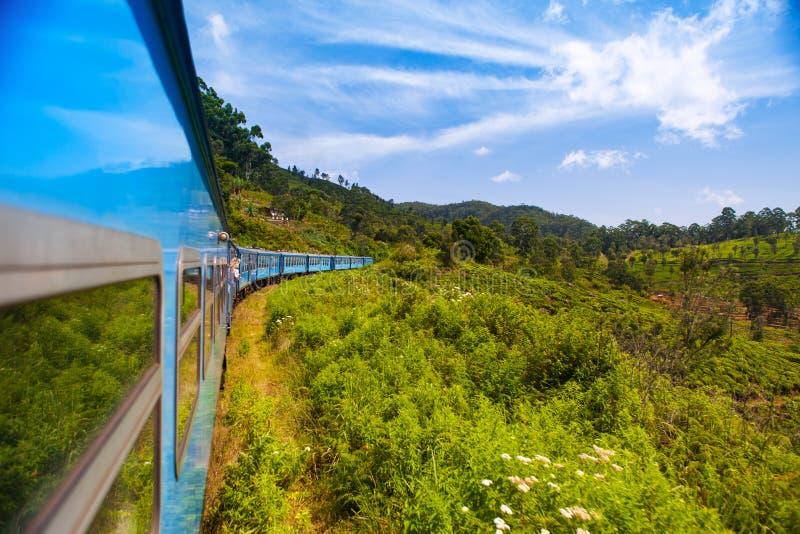 Guidando in treno Sri Lanka fotografie stock