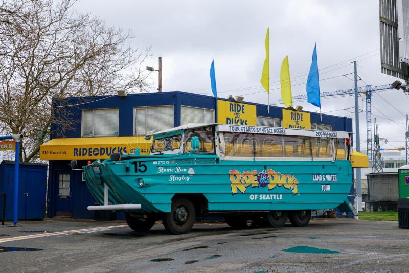 Guidi le anatre, programma facente un giro turistico di giro della città a Seattle, Washington fotografia stock