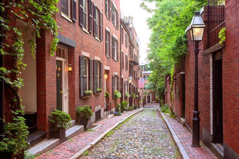 Guijarro Boston de Beacon Hill de la calle de la bellota fotos de archivo