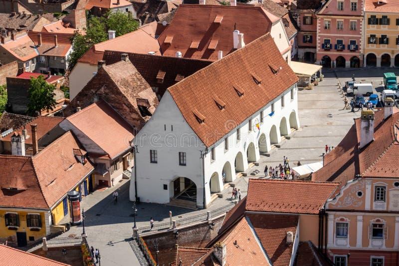 Guilde Hall de bouchers 1370 et le pont des mensonges à Sibiu Hermannstadt, la Transylvanie, Roumanie images stock