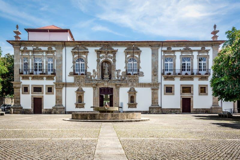 Guimaraes Stadhuis, Santa Clara Nunnery royalty-vrije stock fotografie