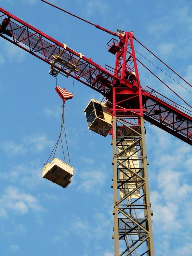 Guindaste de construção, colheita próxima fotografia de stock royalty free