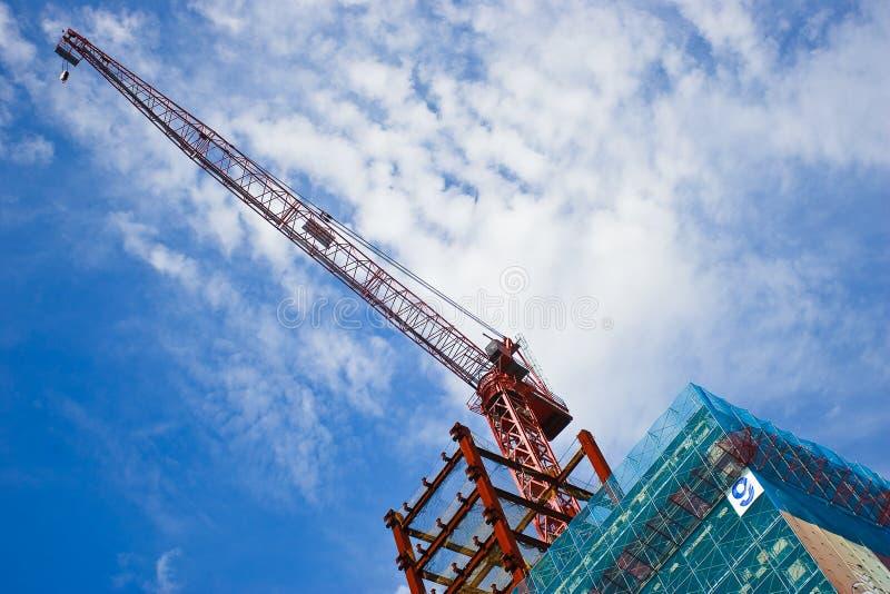 Guindaste de construção moderno imagem de stock