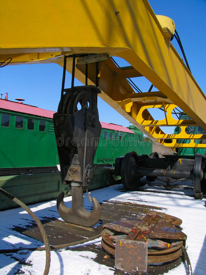 Guindaste de levantamento da estrada de ferro fotos de stock royalty free