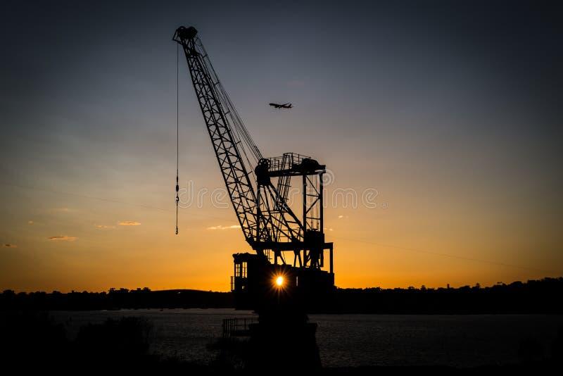 Guindaste no porto Sydney imagens de stock