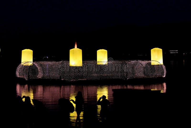 Guirlande d'avènement de lac Velden photo stock