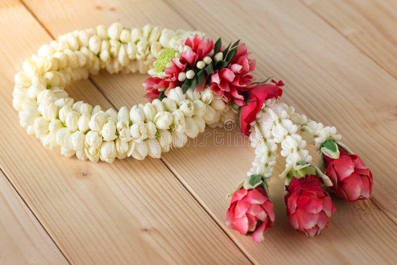 Guirlande thaïlandaise traditionnelle de jasmin images libres de droits