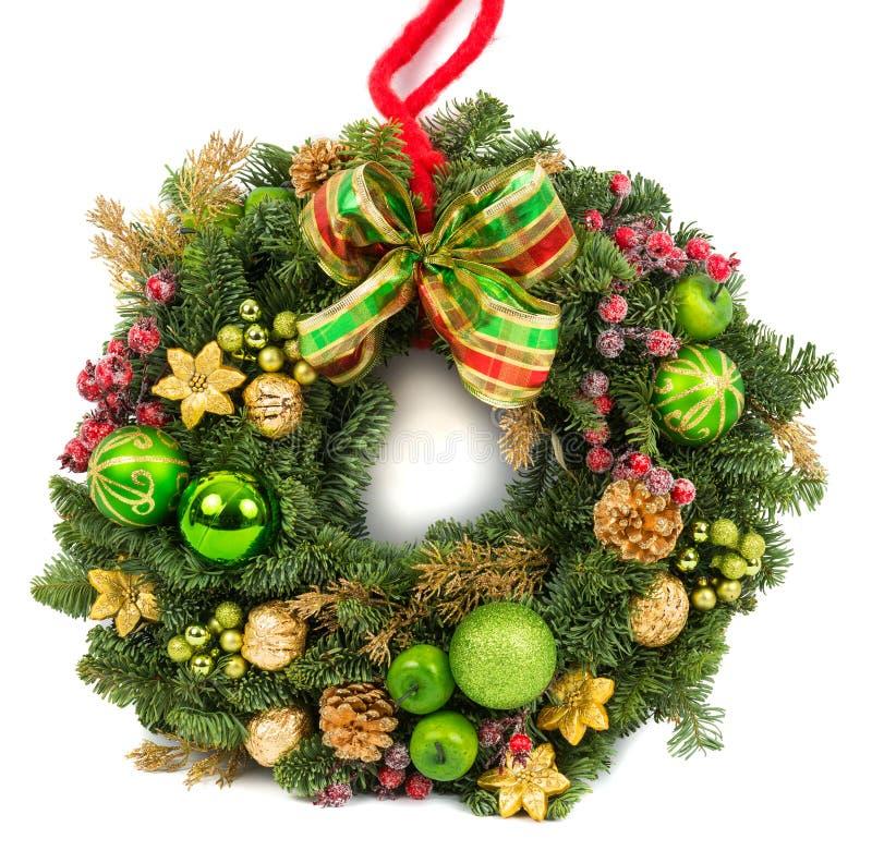 Guirnalda de la decoración de la Navidad aislada en blanco imagenes de archivo