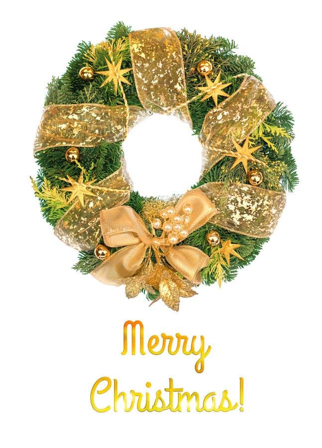 Guirnalda de la Navidad con las decoraciones de oro en el fondo blanco fotografía de archivo