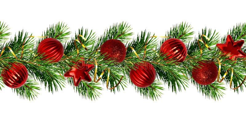 Guirnalda de la Navidad de las ramitas del árbol de pino y de las bolas rojas fotografía de archivo libre de regalías