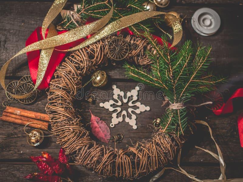 Guirnalda de la Navidad, producción foto de archivo libre de regalías