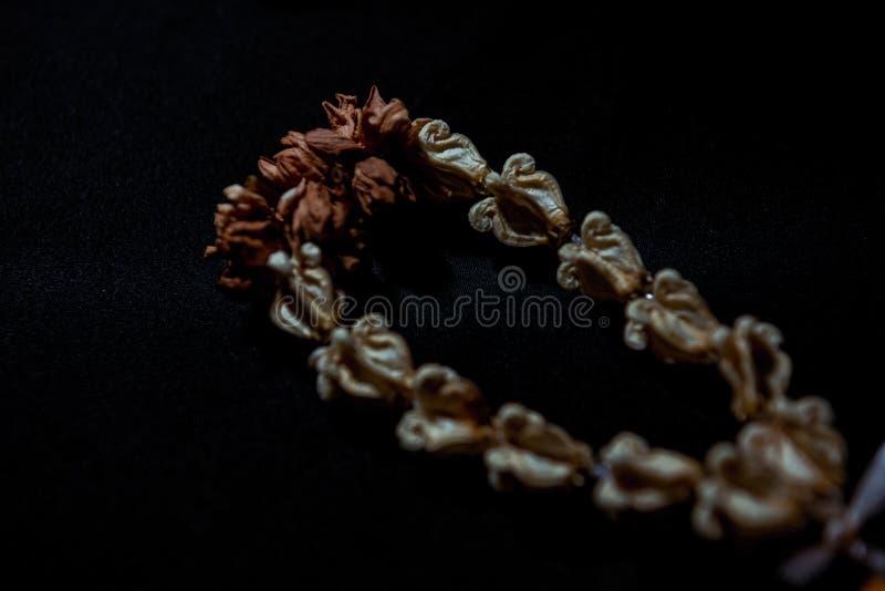 Guirnalda secada de la flor imagenes de archivo