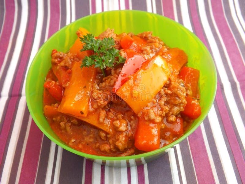 Download Guisado De La Carne Y De La Paprika Foto de archivo - Imagen de aperitivo, alimento: 41908336