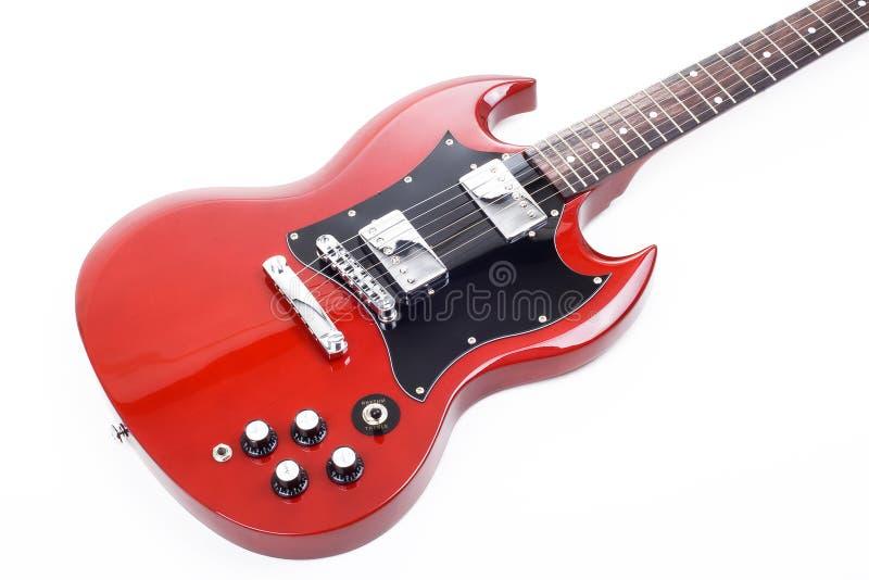 Guitare électrique d'isolement sur le fond blanc photo libre de droits