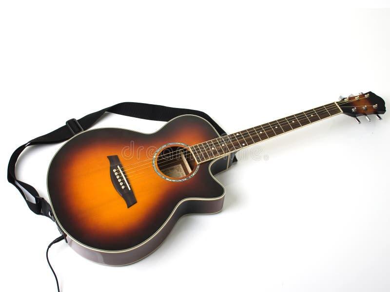 Guitare acoustique et électrique photos stock