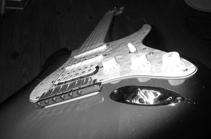 Guitare B&W photographie stock