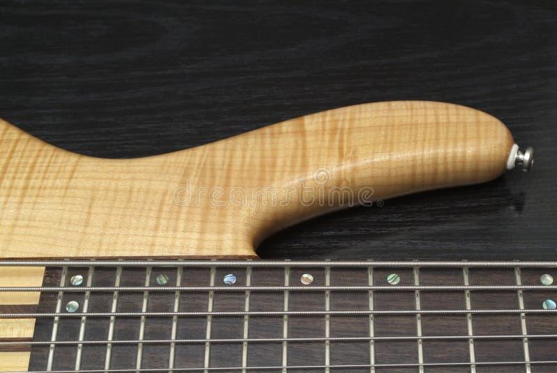 Guitare basse électrique photo stock