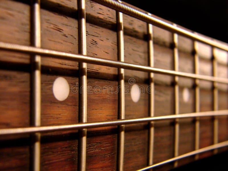 Guitare basse de roche images libres de droits