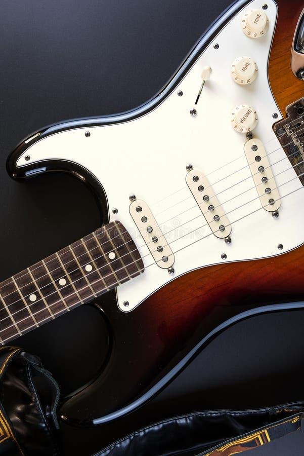 Guitare de corps de rayon de soleil image libre de droits