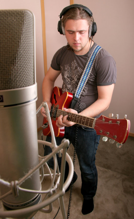 Free Guitarist In Studio Royalty Free Stock Photo - 6365635