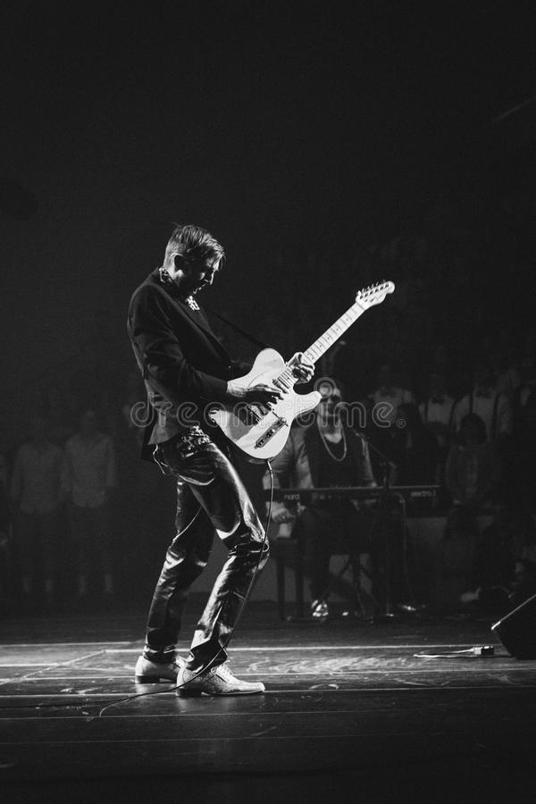 Guitarist Onstage In Black And White Free Public Domain Cc0 Image