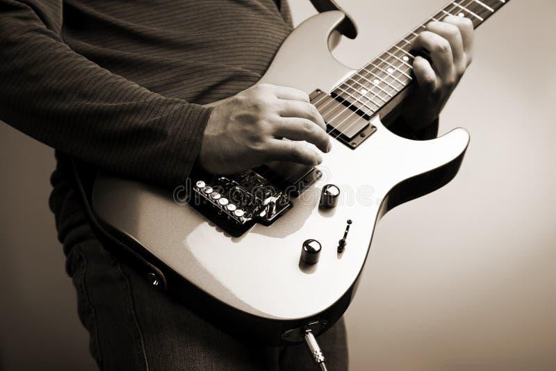 Guitariste de roche photos libres de droits