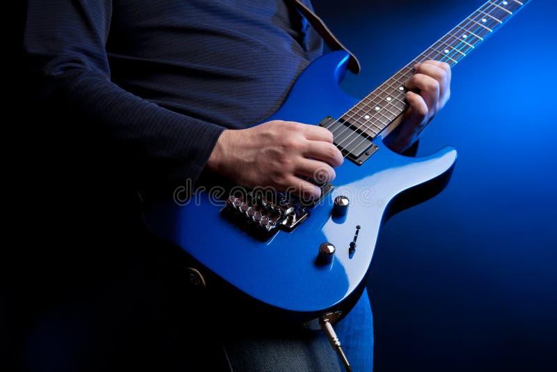 Guitariste de roche photographie stock
