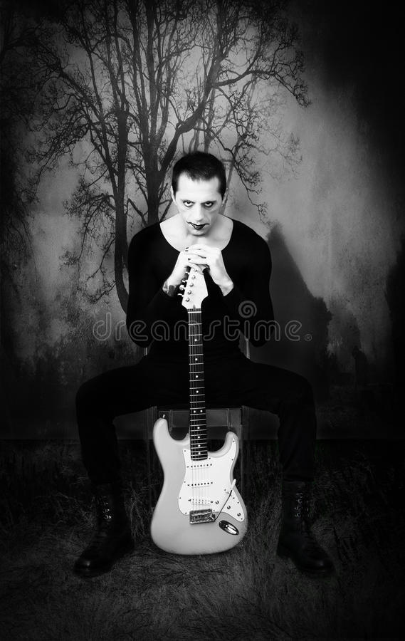 Guitariste gothique images stock