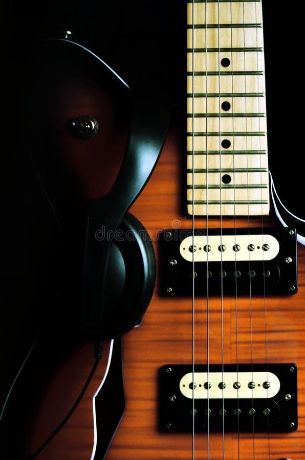 Guitarra 03 de la vendimia fotos de archivo