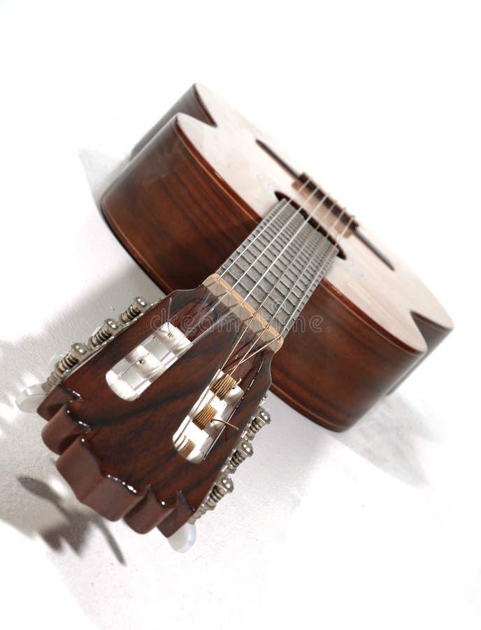 Download Guitarra imagem de stock. Imagem de isolado, música, melodia - 53367
