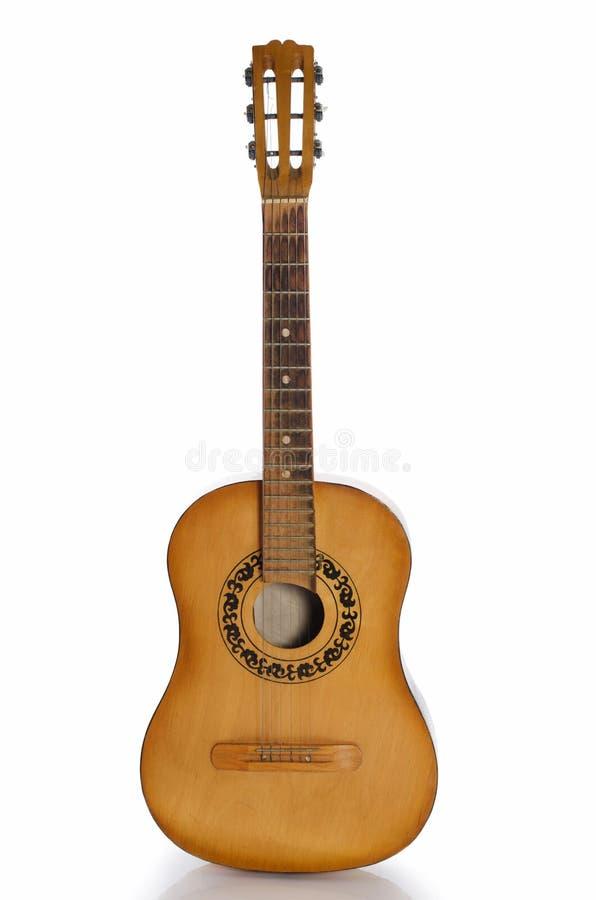 Guitarra acústica isolada em um branco imagens de stock royalty free