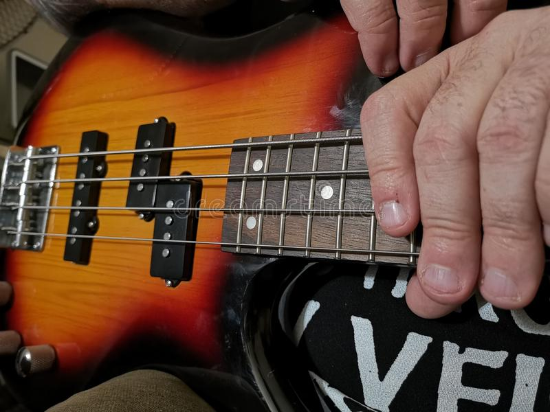 Guitarra baixa foto de stock royalty free