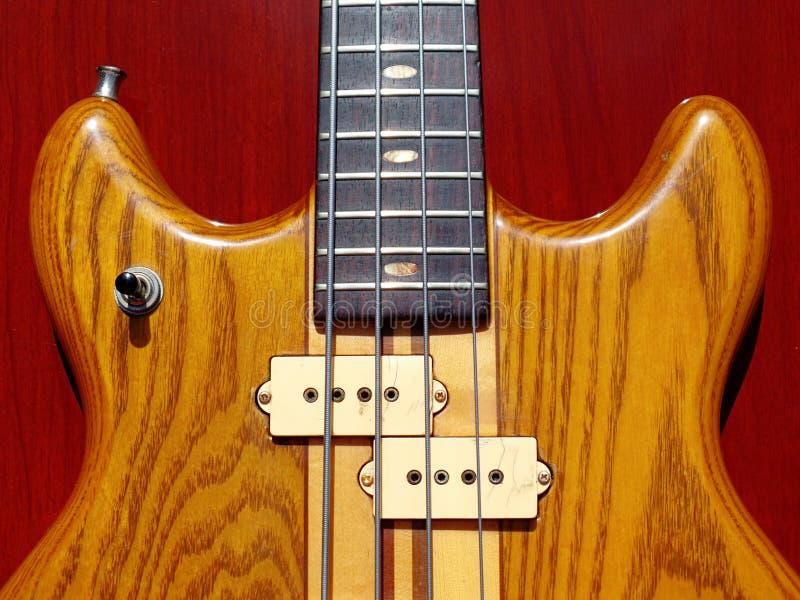 Guitarra-baixo japonesa do vintage fotografia de stock royalty free