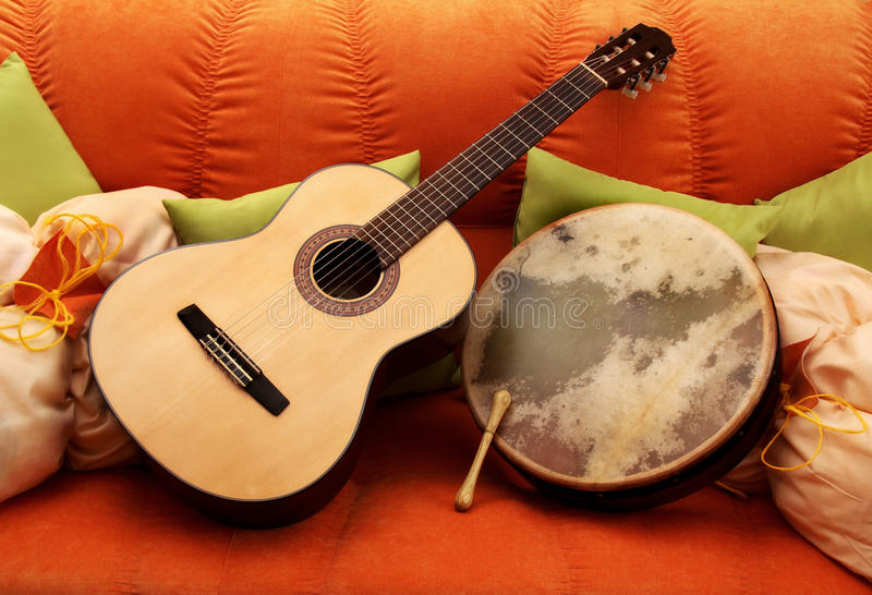 Guitarra e Bodhran imagem de stock royalty free