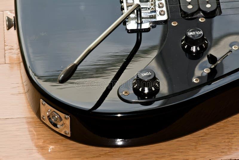 Guitarra negra fotos de archivo libres de regalías