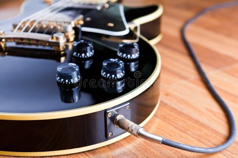 Guitarra preta imagens de stock