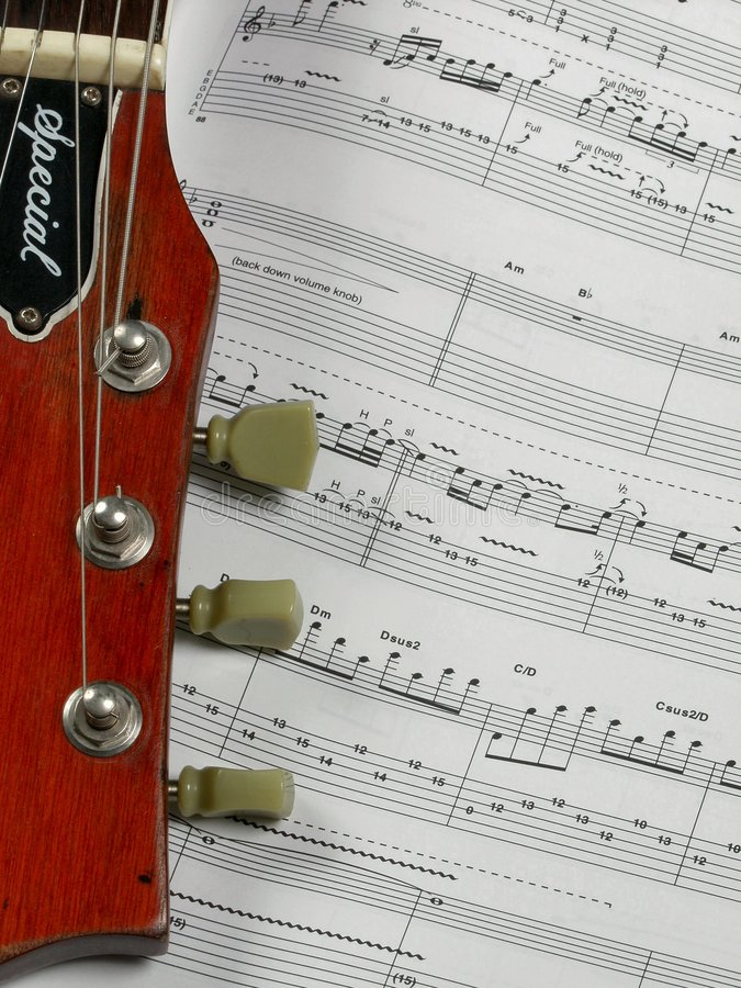 Guitarra y tabulación imagenes de archivo