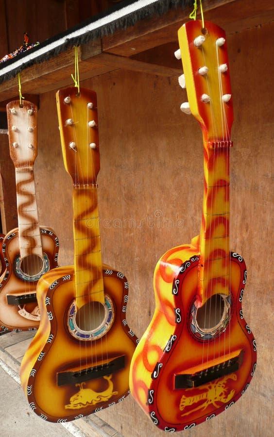 Guitarras coloridas imágenes de archivo libres de regalías