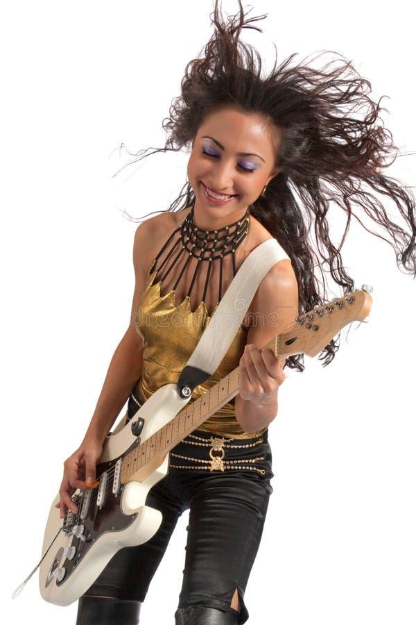 Guitarrista asiático de la muchacha foto de archivo libre de regalías